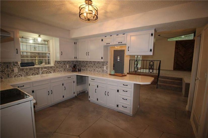 kitchen after front door